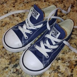Infant 9 Navy blue Converse sneakers